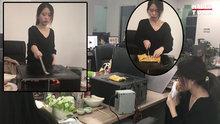 Bilgisayar kasasında gözleme yapan Çinli kadın