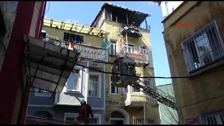 Beyoğlu Tarlabaşı'nda çıkan yangında 3 çocuk öldü