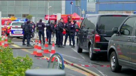 Paris'teki Orly Havaalanı'nda silah sesleri!