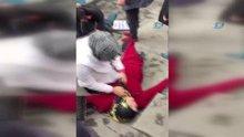 Erzurum'da Sokak ortasında kanlar içerisinde kaldılar, izleyenler baygınlık geçirdi