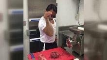 Nusret'ten yeni video! Eti bıçakla havada yakalayıp şov yaptı!