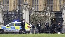 İngiltere Parlamentosu'nda silah sesleri