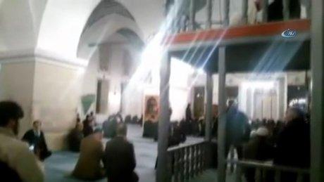 Cumhurbaşkanı Erdoğan, Nasrullah Camisinde Kur'an okudu