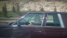 Şoförü arkada, yanına da özel kalemini aldı Ankara turuna çıktı