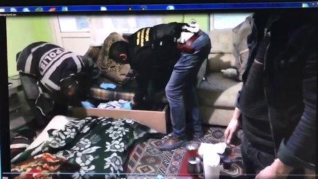 Uyuşturucu operasyonunda suikast silahı çıktı!