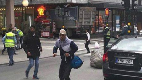 İsveç'in Başkenti Stockholm'de kamyonlu saldırı