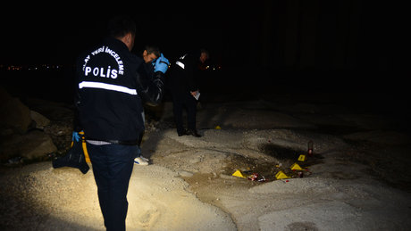 Adana'da üniversiteli genç kendini yaktı