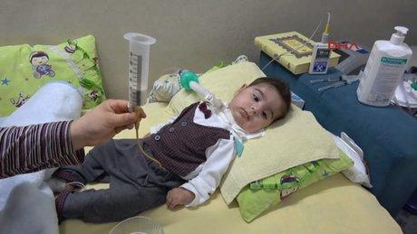 Selim bebeğin yaşamı ABD'den gelecek ilaca bağlı