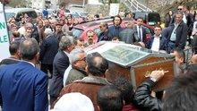 Kıbrıs'ta kadın cinayeti: bıçakladı, yakmaya çalıştı