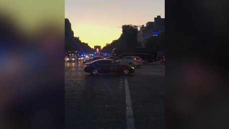 Fransa'daki çatışmada 1 polis öldü, 2 polis yaralandı