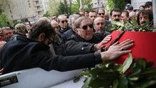 Usta oyuncu Bülent Kayabaş son yolculuğuna uğurlandı