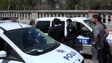 """Taksim'de """"telefonlu taciz""""e esnaf müdahale etti"""