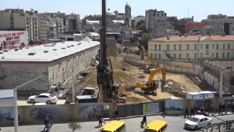 Taksim Camii temelinde sona doğru