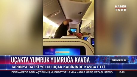 Uçakta yumruk yumruğa kavga