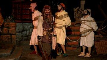 Johnny Depp'ten, Karayip Korsanları hayranlarına büyük sürpriz