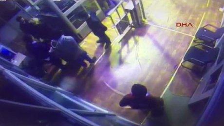 Sarp Sınır Kapısı'nda valizden kadın çıktı
