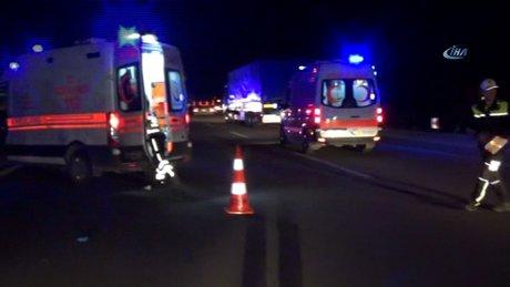 Geziye giden midibüs devrildi; 23 kişi yaralı