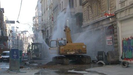 İstiklal Caddesi sular altında kaldı