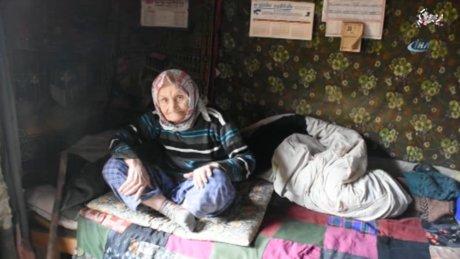"""Ölümden dönen yaşlı kadın: """"3 gün boyunca beni Allah doyurdu"""""""