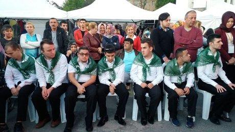 Engelli asker adaylarına kına gecesi düzenlendi