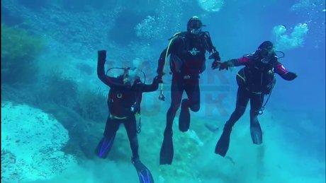 Suyun '19 metre' derinliğinde Diyarbakır Halayı