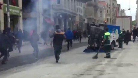Beyoğlu'nda esnaf ve Olympiakoslular arasında kavga