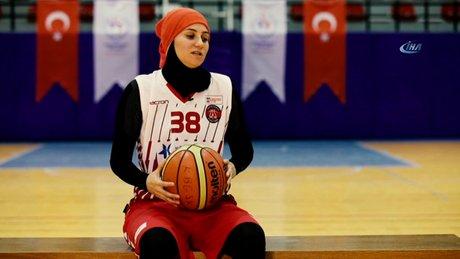"""Merve Şapcı: """"En büyük hayalim başörtülü sporcuların sahalarda olması"""""""