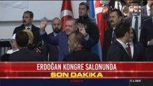 Erdoğan kongre salonunda