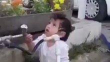 """ŞEHİT İRFAN MERT'İN KIZI GÖKYÜZÜNE BAKIP """"BABA"""" DEDİ"""