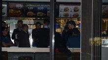 Kadıköy'de fastfood restoranına silahlı soygun: 4 yaralı