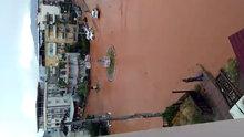 İzmir Menemen işyeri evler su altında kaldı