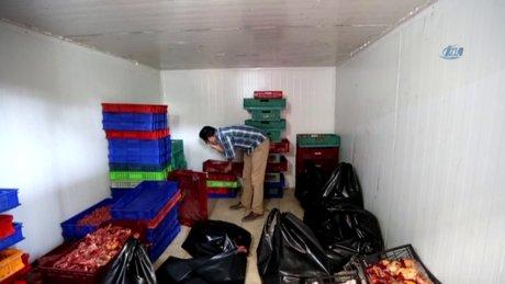 Sakarya'da kaçak olarak kanatlı hayvan kesimi yapılan bir tesise baskın yapıldı