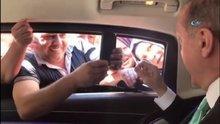 Cumhurbaşkanı Erdoğan'ı gören vatandaşın canlı yayın heyecanı