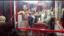 İzmir'de en eğlenceli otobüs yolculuğu