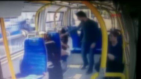 Şortlu kıza saldırı anı kamerada