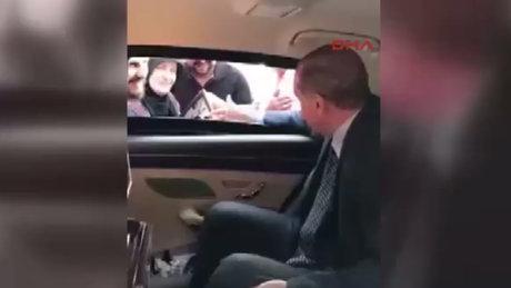 Kendisini iftara davet edenlerle Erdoğan'ın esprili diyaloğu