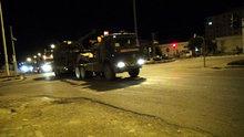 Kilis'te Suriye sınırına fırtına obüs sevkiyatı yapıldı