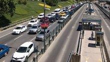 Fatih Sultan Mehmet (FSM) Köprüsü yönünde trafik