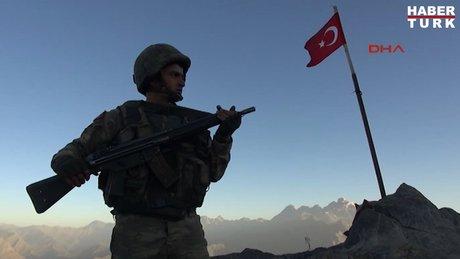 Oramar Üs Bölgesi'nde Mehmetçiğin zorlu nöbet değişimi