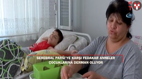 Fedakar annenin engelli oğlu için sardığı yapraklar, engelli annelerine ilham oldu