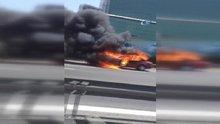 TEM Otoyolu Yenibosna Mevkii'nde bir araç alevlere teslim oldu