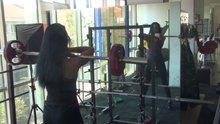Milli sporcu Selin Nalıncı'nın front squat çalışması