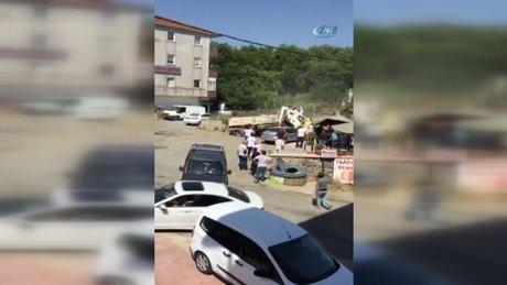 Beykoz'da hafriyat yüklü kamyon araçların arasına daldı
