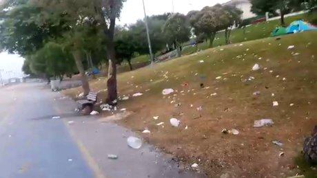 Hafta sonu kirletilen Yeşilköy sahili böyle görüntülendi