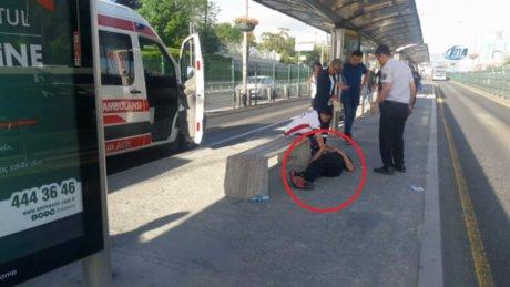 Bonzai içen genç, metrobüs seferlerini aksattı