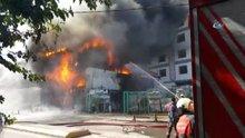 Pendik'te iki katlı nalbur dükkanında yangın