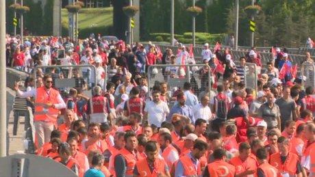 15 Temmuz Şehitler Köprüsü'ndeki tören için girişler başladı