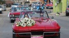 Milyonluk düğün konvoyunu görenler gözlerine inanamadı