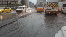 İstanbul'da şiddetli sağanak ve fırtına