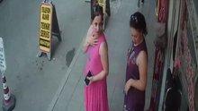 Polis, çıkışta 'oh' derken görüntülenen bu kadını arıyor!